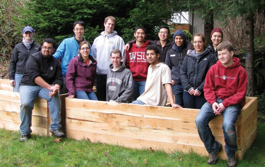 Students Spend Spring Break Working in Vernonia